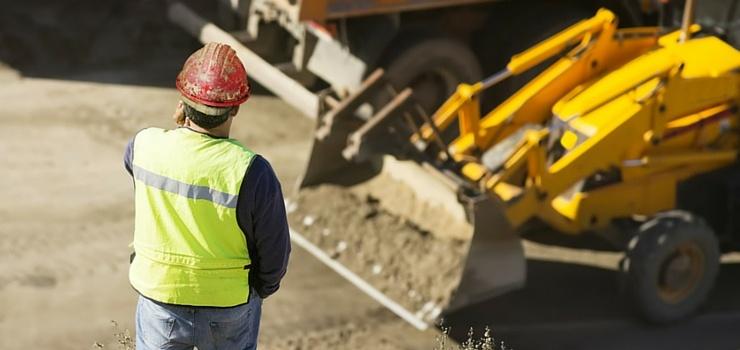 heavy-equipment-loan-vs-lease.jpg